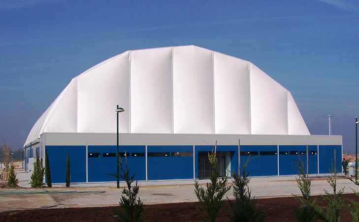 Pabellon deportivo desmontable de portico de 35m