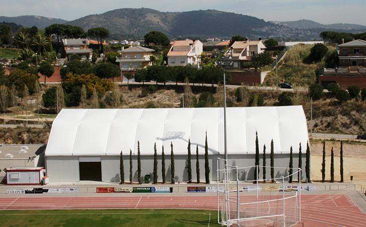 Pabellon deportivo poligonal